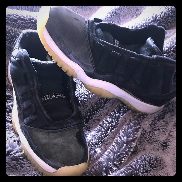 c147899f3af821 Jordan Shoes - PENDING SALE Jordan 11 Retro Low Barons